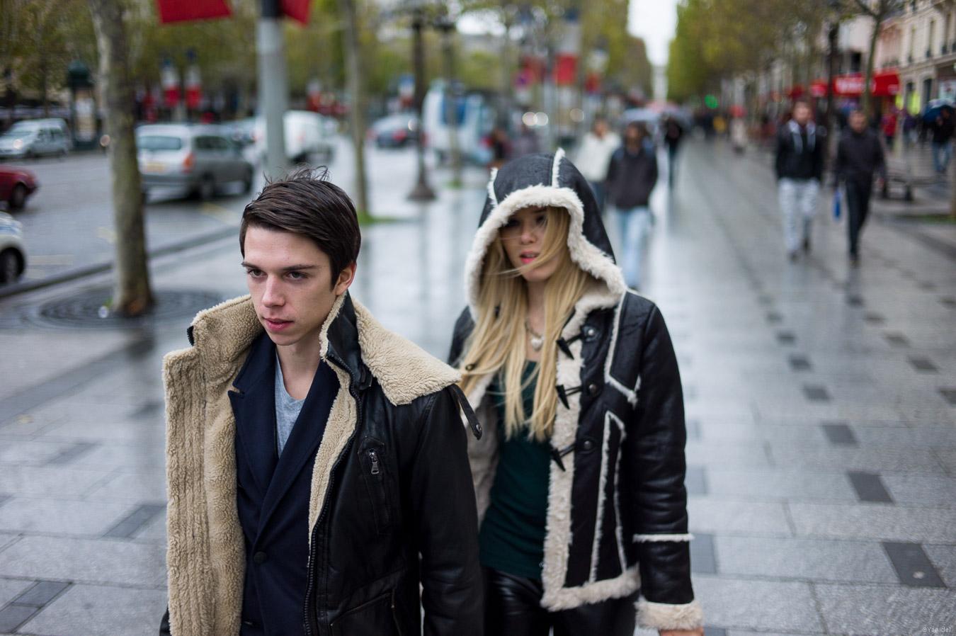 Champs-Elysées vague