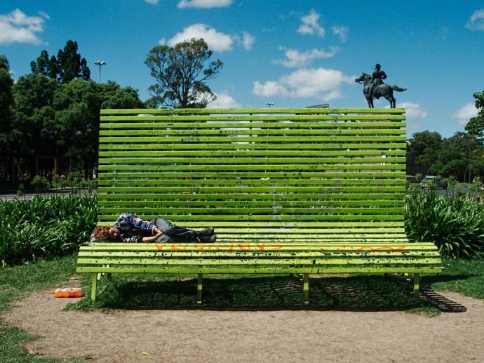 Ova Hammer bench