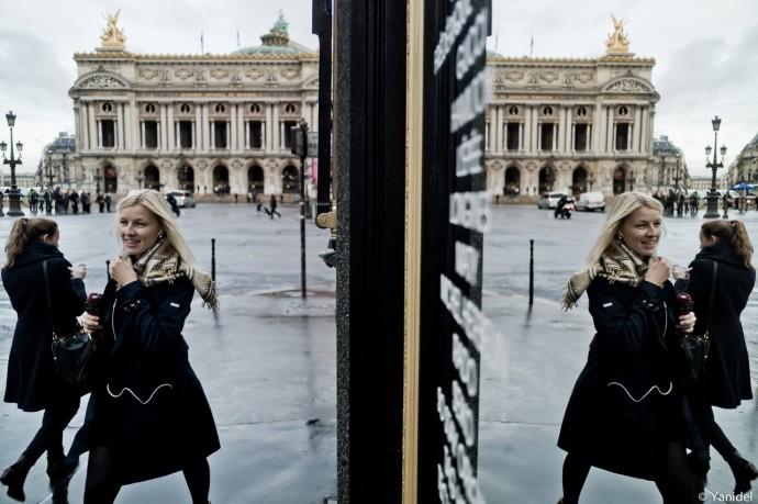 Opera mirror mirror Yanidel