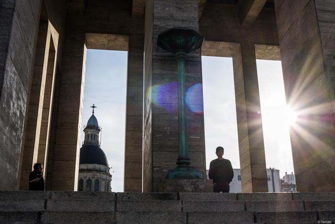 Last rays on monument yanidel