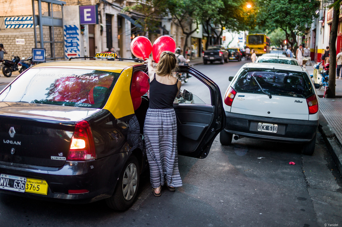 99-luft-ballons-in-a-cab